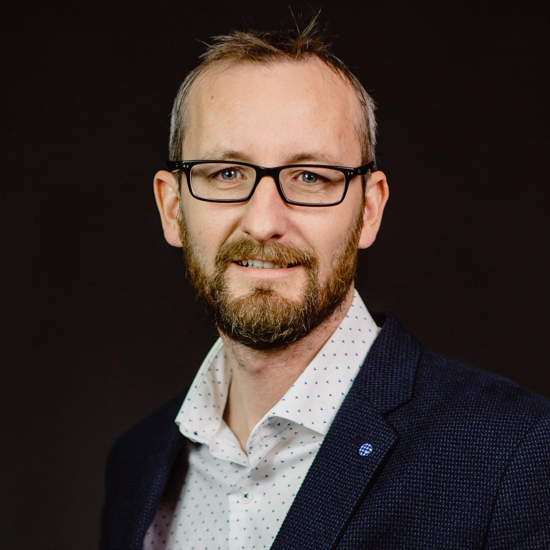 Darren Kilford - Director